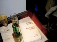champagne, whisky, bi�re, livre / champagne, whisky, beer, book
